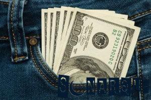 sueño simple con dinero en el bolsillo