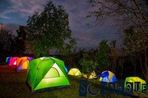 Soñar que ves un campamento