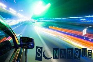 conduciendo a alta velocidad