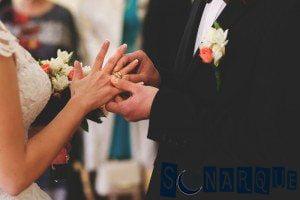 Soñar con un anillo de bodas en el dedo
