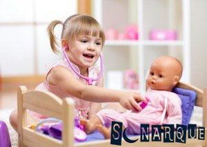 Soñar que juega con muñecas