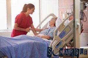 Soñando con un miembro de la familia en el hospital