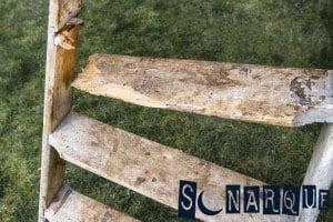 Soñar con una escalera rota