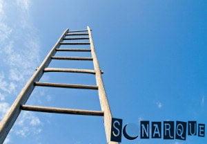 Soñar con una escalera de madera