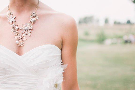 Si sueñas que la novia de tus sueños lleva un vestido con encaje