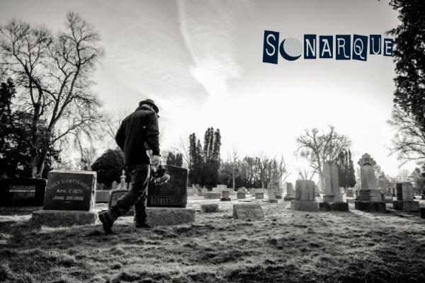 soñar con cementerio destruido