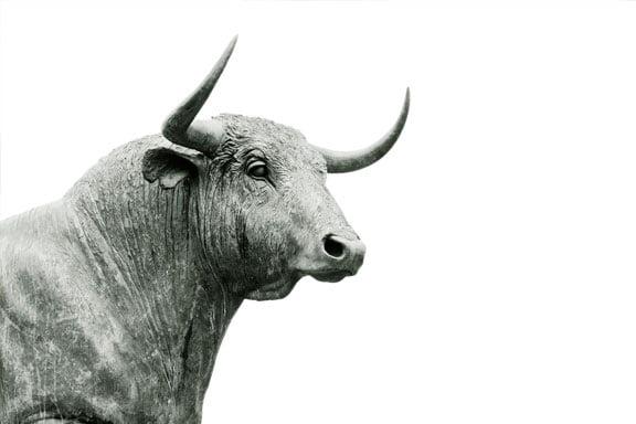 soñar con un gran toro